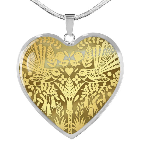 New Zealand Golden Fantail Bird Pattern Heart Necklace K5 - 1st New Zealand