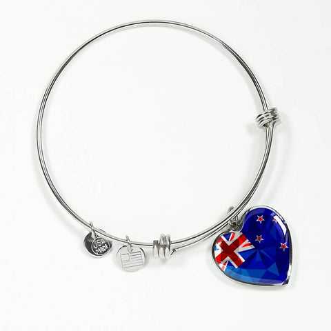 Image of New Zealand Jewelry Flag Luxury Heart Bangle - 1st New Zealand