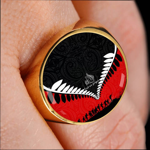 New Zealand Lest We Forget Ring Black Red K4 - 1st New Zealand