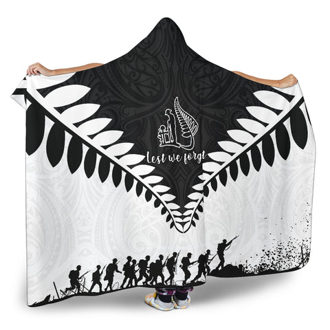 New Zealand Lest We Forget Hooded Blanket Black White K4 - 1st New Zealand