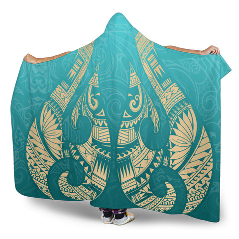 Image of New Zealand Maori Hei Matau Tattoo Hooded Blanket K5 - 1st New Zealand
