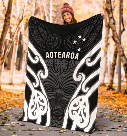 Image of Aotearoa Premium Blanket Maori Moko Black White Th5 - 1st New Zealand