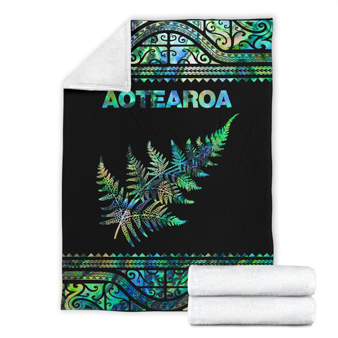 Image of Aotearoa New Zealand Maori Premium Blanket Silver Fern - Paua Shell K4x - 1st New Zealand