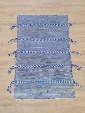 Moroccan berber Zanafi Kilim rug -  5 x 3.3 Ft blue and white