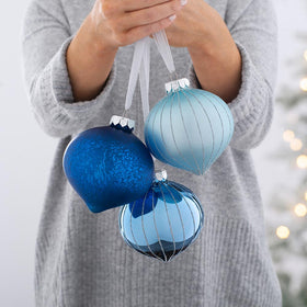 Up to 25% off Selected Baubles