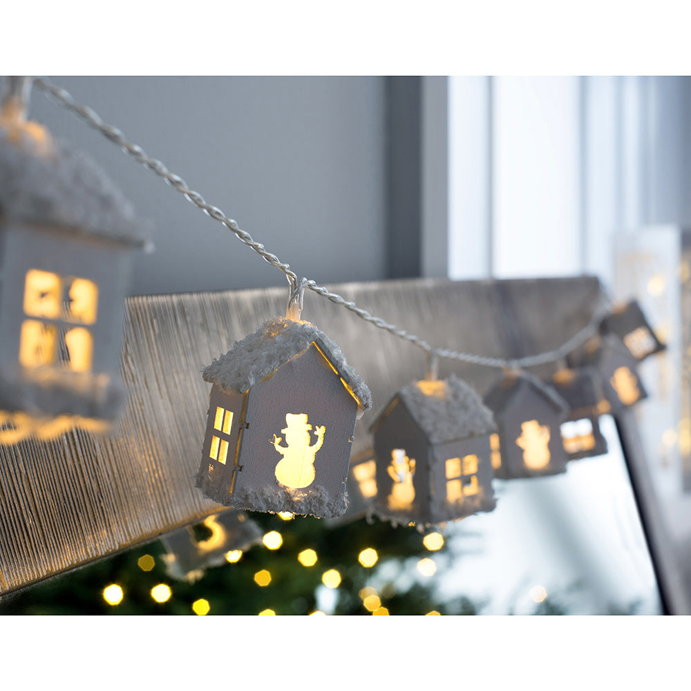 Snow Decorated Wooden House Light String, 20 LED, 3m
