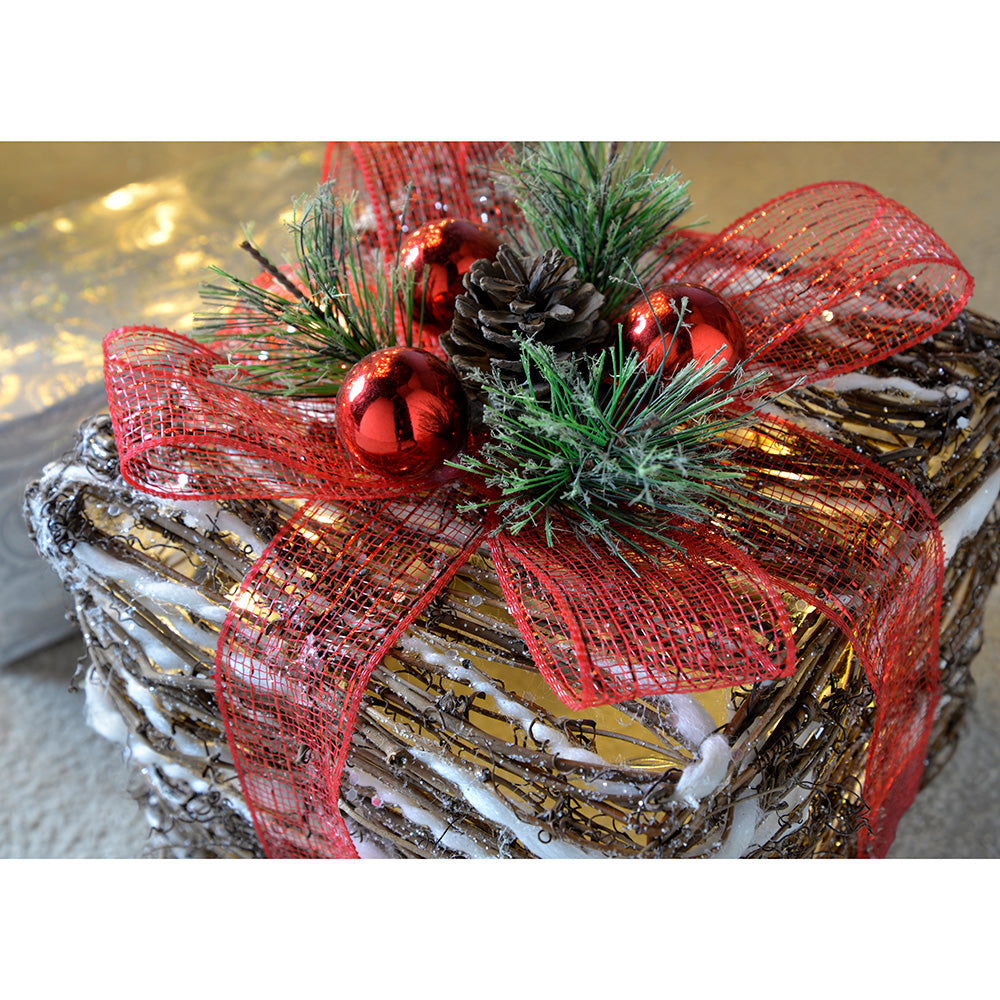 Pre-Lit Rattan LED Giftboxes with Red Ribbon and Cotton Snow, 15/20/26 cm - Multi-Colour, Set of 3