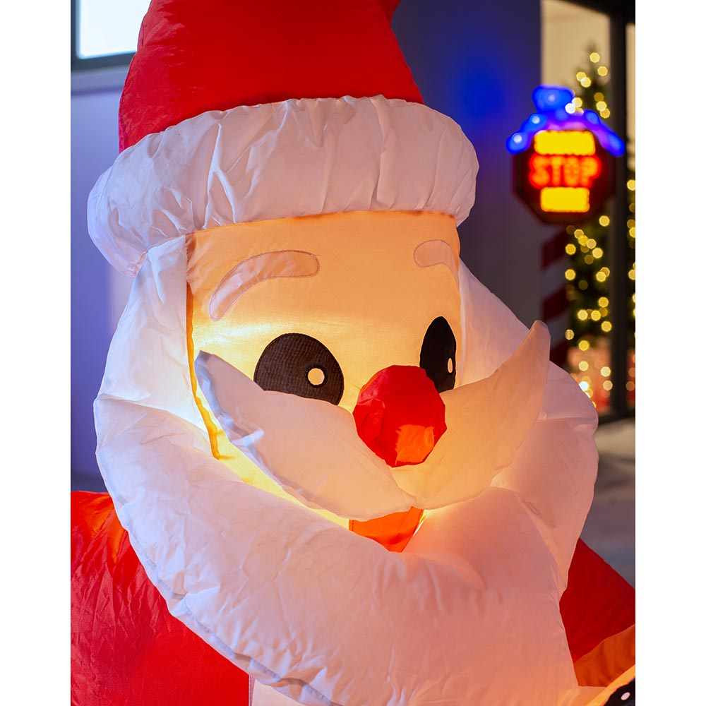 Pre-Lit Inflatable Santa with Dog  4 ft / 1.2 m