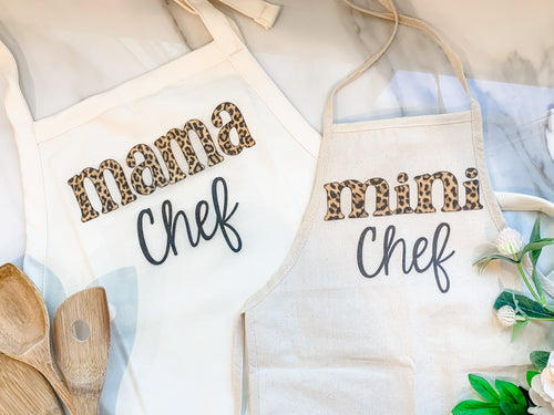 Mama and Mini Aprons