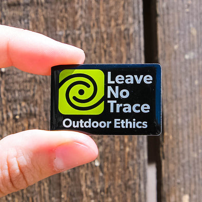 Leave-No-Trace-Outdoor-Ethics-Pin