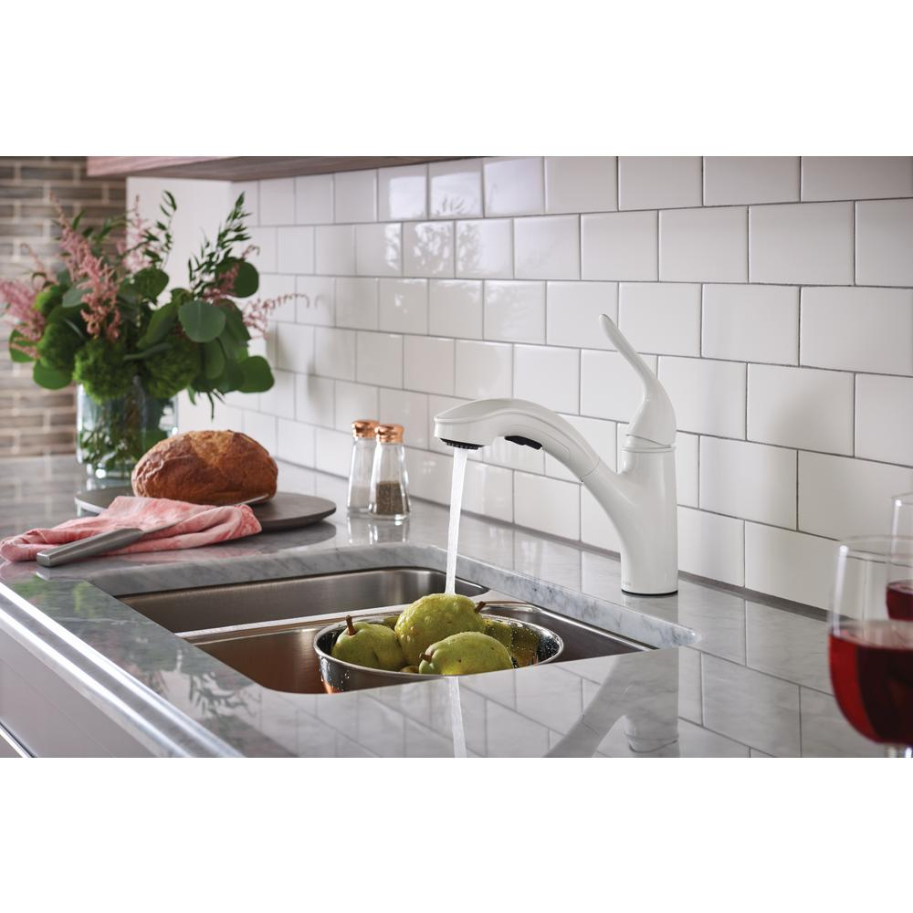 Brecklyn Single Handle Pull Out Sprayer Kitchen Faucet With Power Clea Bodega Liquidation