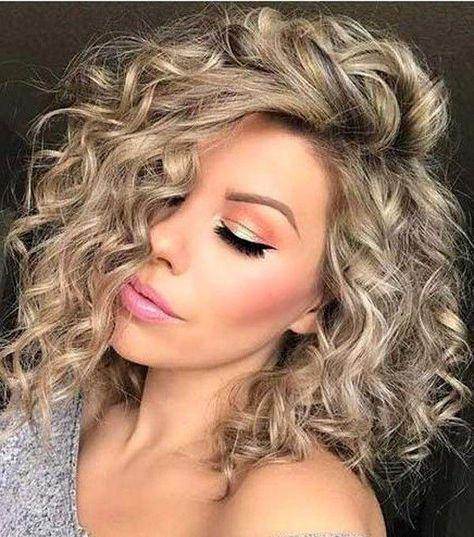 Fashion Short Curly Blonde Wig