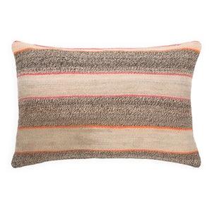 Andes cushion