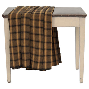 Highlands tablecloth with 4 matching serviettes in mustard colour