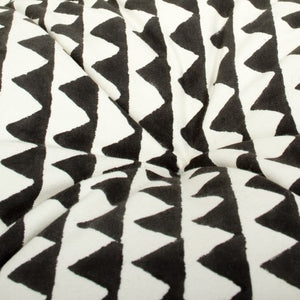 Small Black triangle printed mattress