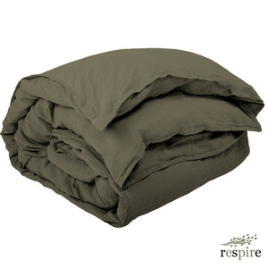 Washed linen duvet cover 220x240 cm in olive