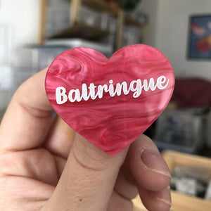 "Broche ""Baltringue"" en acrylique marbrée rose"