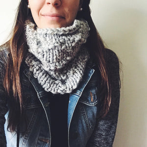 DIAMONDBACK COWL / knitting pattern
