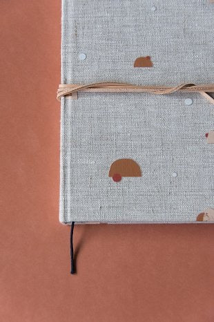 Notebook S | natural linen | handdrawn pattern