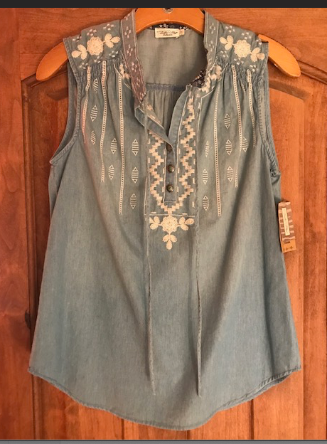 SEEKONK SLEEVELESS TOP