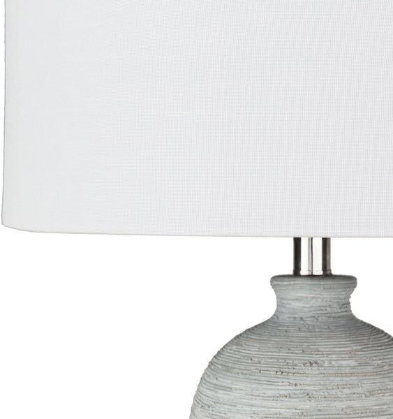 Vila Traditional Table Lamp