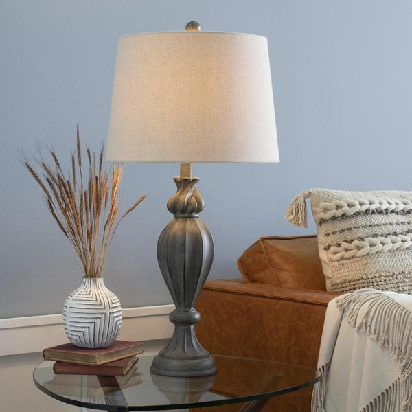 Albeck Traditional Table Lamp
