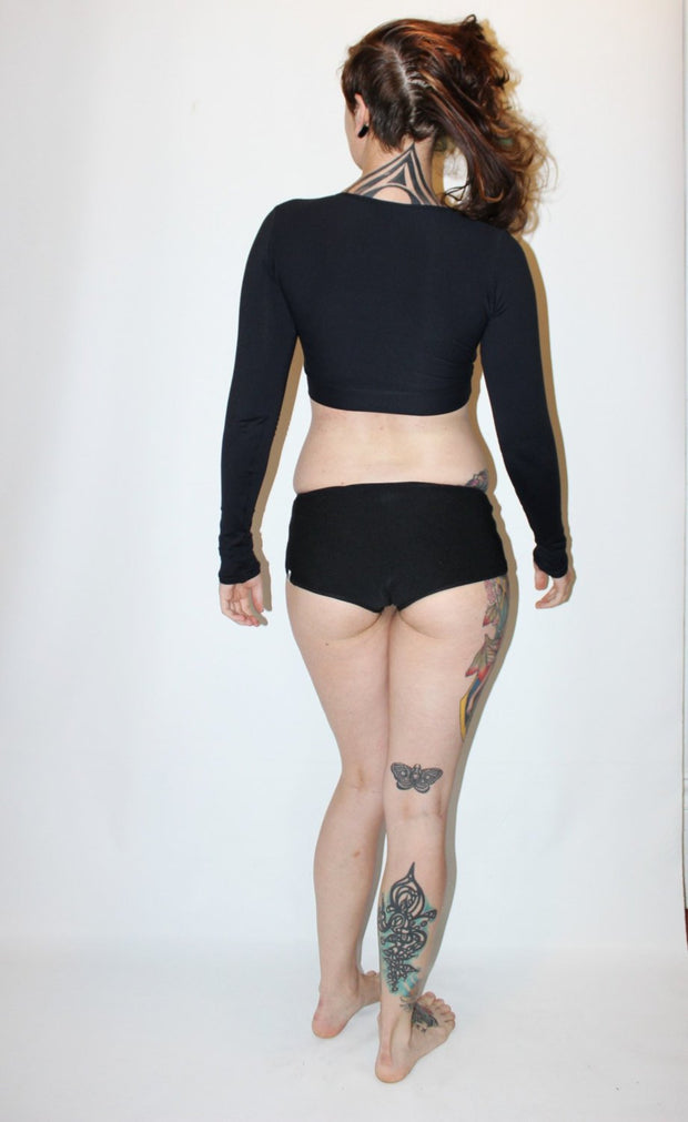 Extra Long Sleeve Crop Rashguard - Origami Customs