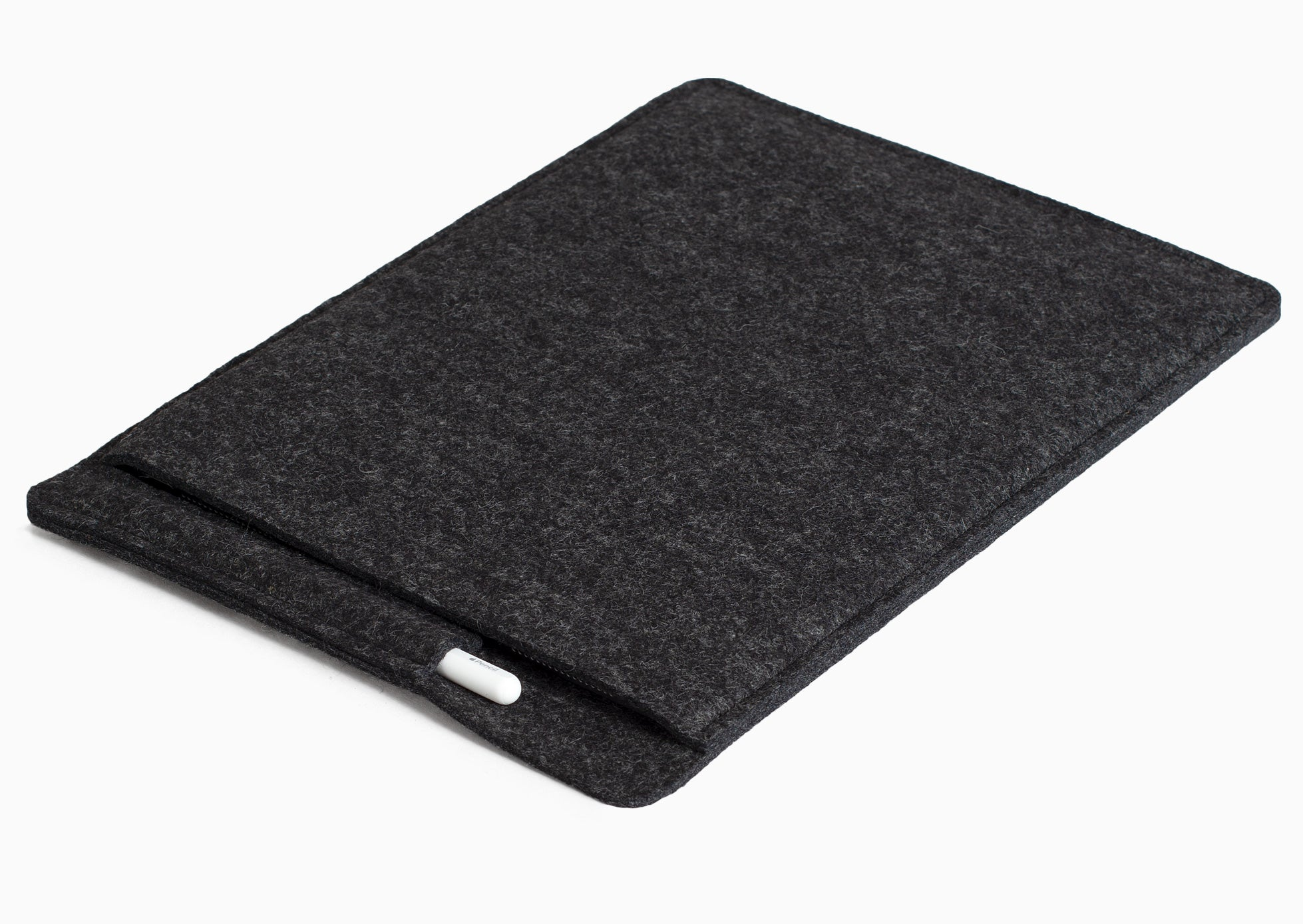 sleeve for iPad + pencil / charcoal