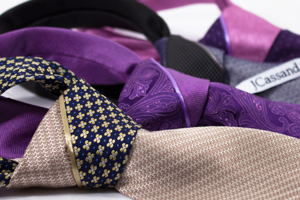 SPLIT COLOR KNOT NECKTIES