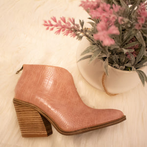 Dilly Croco Blush
