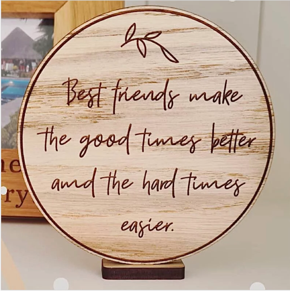 """Best Friends"" wooden disc"