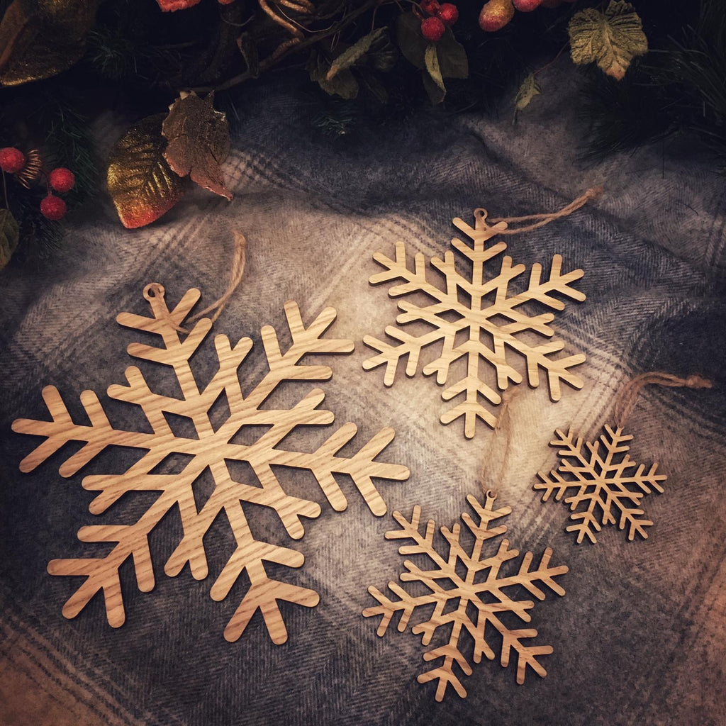 Hanging Wooden Snowflakes set