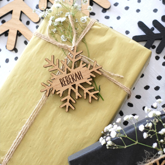 Personalised Christmas Snowflake Gift Tag - Oak