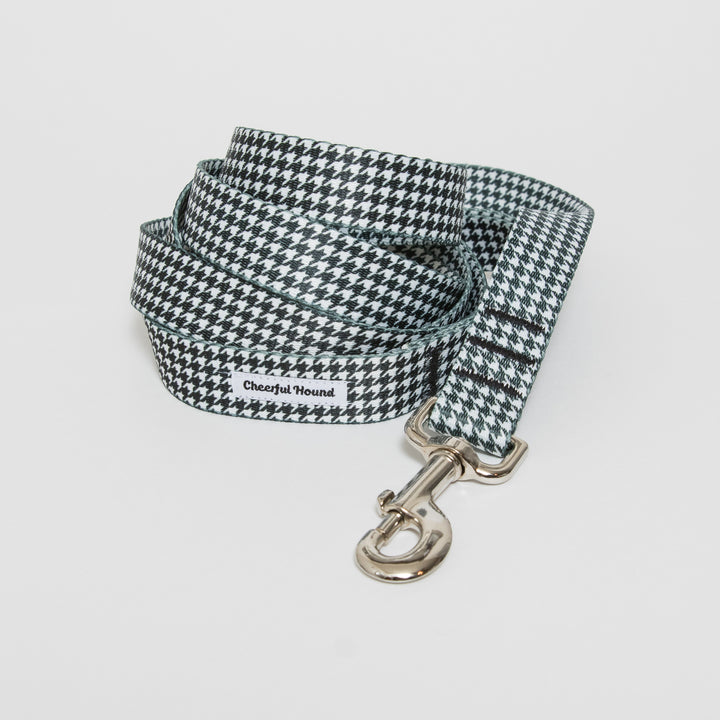 Black & White Houndstooth Dog Leash