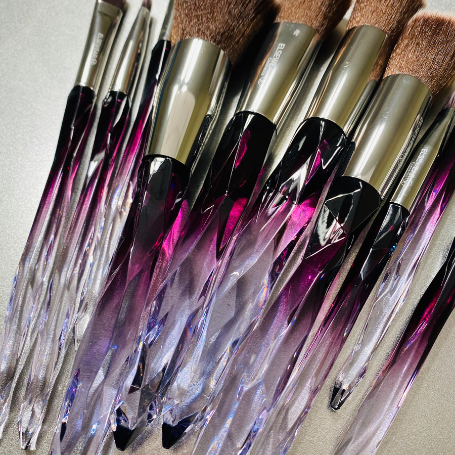 THE CRYSTAL FULL FRONTAL BRUSH SET - [PEEK]