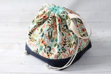 Load image into Gallery viewer, FINCH BUCKET LIBRARY PDF bag pattern