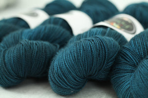 MARINE | sleek sock | tonal yarn