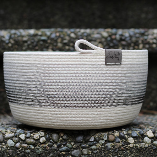 Rope Bowl - Greyscale Gradient Bowl