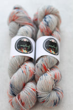 Load image into Gallery viewer, COASTAL | pure singles | speckled yarn