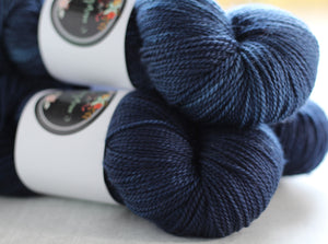 PACIFIC | decadent fingering | tonal yarn