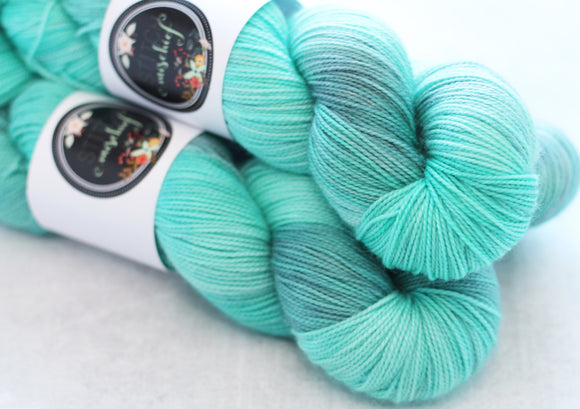 CARIBBEAN BLUE | sleek sock | tonal yarn
