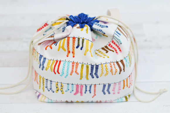 LITTLE FINCH BUCKET No. 2 | ready to ship |  medium-large project bag, toy basket, yarn bowl
