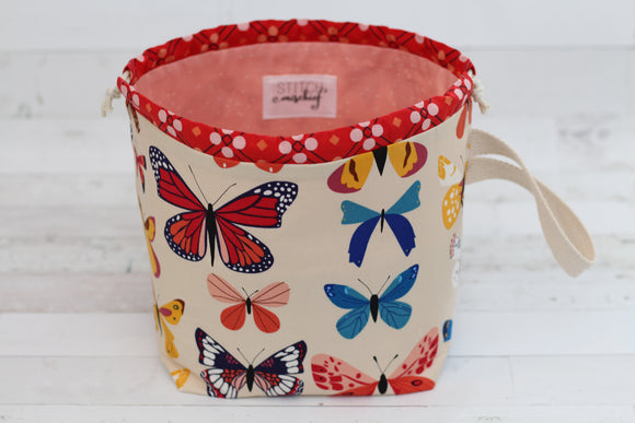 LITTLE FINCH BUCKET No. 3 | ready to ship |  medium-large project bag, toy basket, yarn bowl