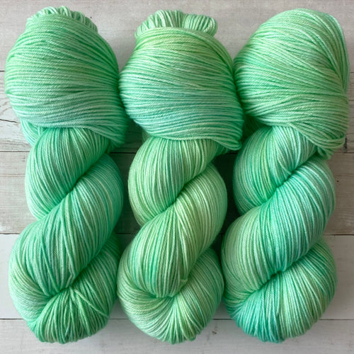 BLUE HAWAII | spring collection | tonal yarn