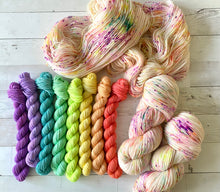 Load image into Gallery viewer, JELLY BELLY | spring collection | speckled yarn