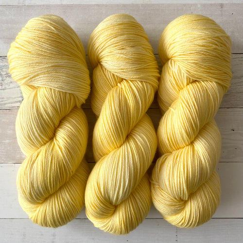 BANANAS | spring collection | tonal yarn