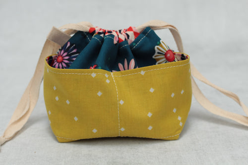 MINI WEE BRAW BAG (8) | ready to ship | compact sock project bag / notions pouch