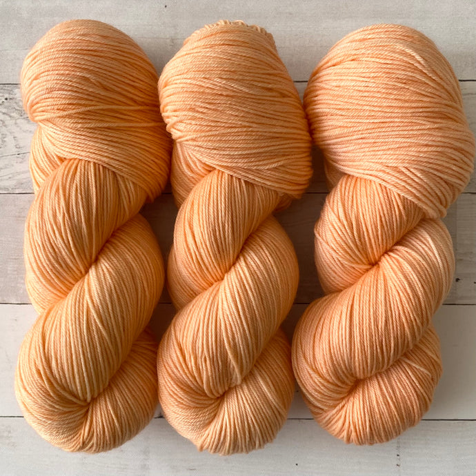 FUZZY PEACH | spring collection | tonal yarn