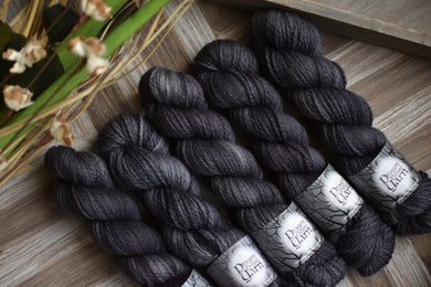 Obsidian Salt - Adventure Aran BFL Base