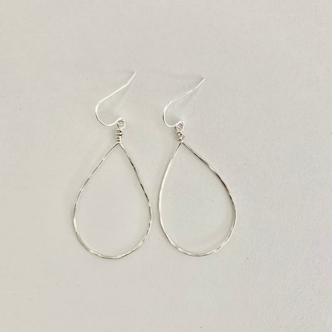 Mavis Hammered Oval Hoop Earrings